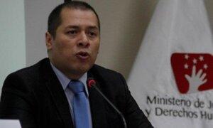 Piden que ministro Figallo explique sobre la renuncia de Christian Salas