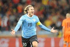 Japón: equipo donde juega Diego Forlán descendió a segunda división