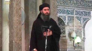 Estado Islámico: detienen a esposa e hijo del líder extremista