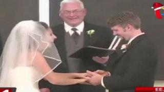 EEUU: novia sufre de ataque de risa durante su boda