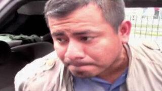 Chofer arrastra con su auto a mujer policía para evitar ser intervenido
