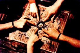 FOTOS: 8 datos que quizá no conocías sobre la 'Ouija'