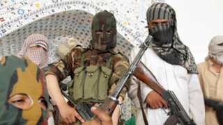 Tras masacre de niños, Pakistán anuncia ejecución de 550 terroristas
