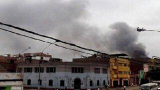 La Victoria: incendio de proporciones se registró en edificio de la avenida Aviación