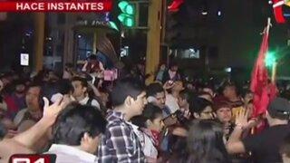 Régimen Laboral Juvenil: manifestantes se dirigen hacia la Plaza San Martín