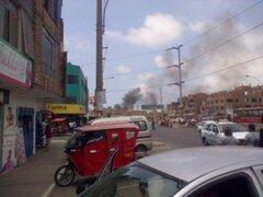 Reportan incendio de grandes proporciones en el Callao