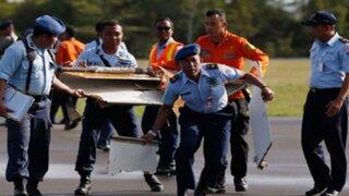 Indonesia: hallan cuatro partes del AirAsia donde estaría la caja negra