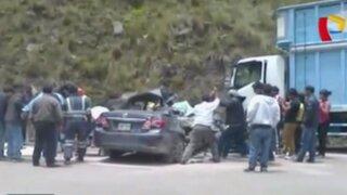 Aparatoso accidente de tránsito dejó tres muertos en Huarochirí