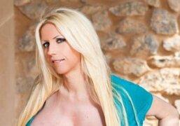Conoce a Mayra Hills, la mujer con los senos falsos más grandes del mundo