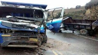Arequipa: aparatoso accidente de tránsito dejó cinco muertos en Camaná