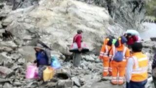 Huaico bloquea carretera Tarma-La Merced y deja decenas de vehículos varados