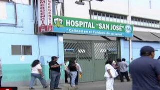 Intentan desalojar a ambulantes de periferias de hospitales en Carmen de la Legua