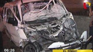 Aparatoso accidente vehicular deja 10 heridos en el Rímac