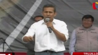 Ollanta Humala afirma que existe una campaña virulenta en contra de Nadine Heredia
