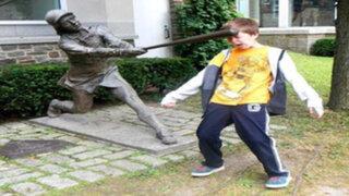 Las escenas más divertidas y absurdas que se crearon con estatuas