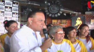 El candidato farandulero: Mauricio Diez Canseco presenta a las 'Chicas adoradas'