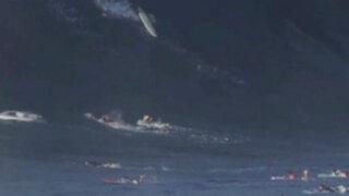 EEUU: tablistas sobreviven a ola gigante