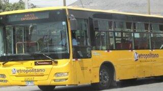 Choque entre bus alimentador del Metropolitano y cúster deja 17 heridos en Los Olivos
