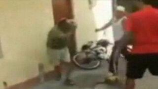 Indignación en las redes: tres jóvenes golpean a un anciano en Miraflores