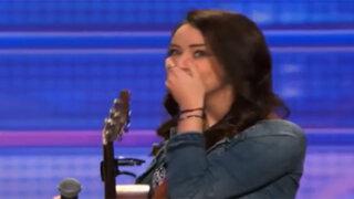 CONMOVEDOR: Mira cómo esta chica transforma su depresión en una poderosa canción