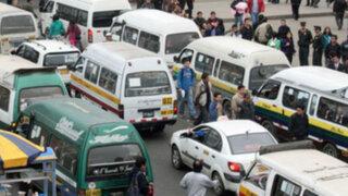 Retirarán combis de 16 distritos de Lima