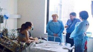 Michelle Bachelet visitó a adolescente que pide la eutanasia