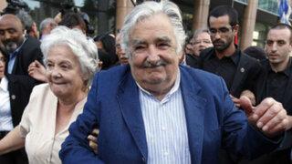 Uruguay: José Mujica dijo adiós al gobierno en una emotiva ceremonia