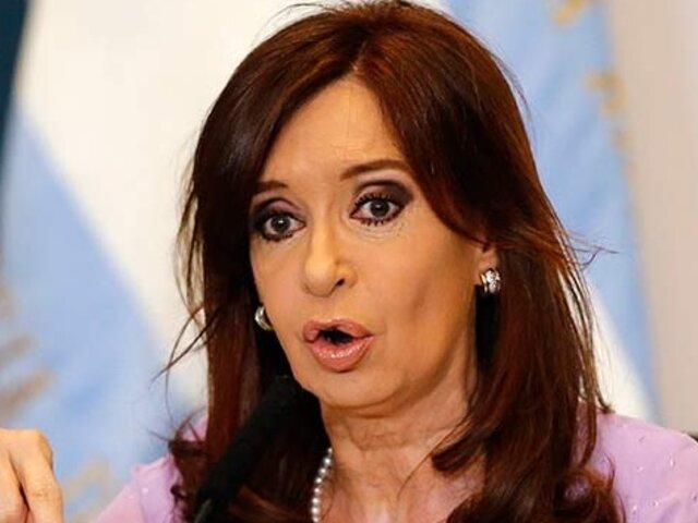 Denuncian a Cristina Fernández por 'abuso sistemático' de los medios de comunicación