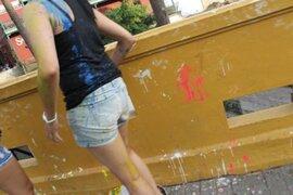 Jóvenes dañan Puente de los Suspiros durante realización de carnaval ilegal