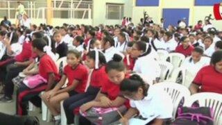 Más de cinco millones de escolares retornaron a clases en todo el país