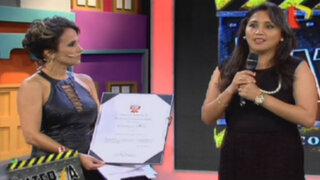 Ana María Solórzano entregó reconocimiento a Érika Villalobos por 'Atacada'