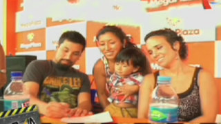 El elenco de Atacada firmó autógrafos en Megaplaza y Real Plaza