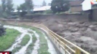 Desborde de caudaloso río inundó cultivos y viviendas en Ayacucho