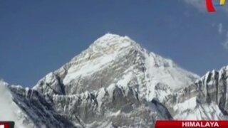 Graban espectaculares imágenes del monte Everest en Himalaya