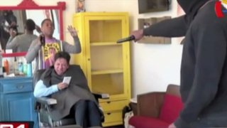 Cruel broma de asesinato en peluquería causó pánico entre los clientes