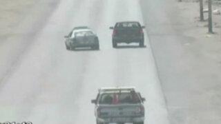 Trujillo: taxista huye de la policía con su hijo dentro del auto