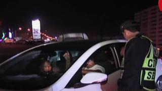 Policía intensifica controles de alcoholemia a conductores que regresan de playas