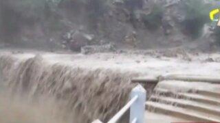 Caída de huayco dejó a cuatro pueblos aislados en Yauyos