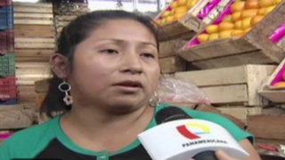 Comerciantes elevan precios de verduras y frutas tras huaicos en Chosica