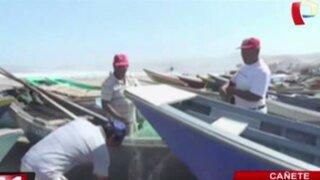 Fuertes oleajes perjudican labor de pescadores en Cañete