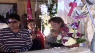 Velan restos de hija de alcalde de Cocachacra fallecida por huaico