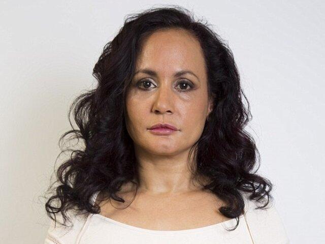 INCREÍBLE : mujer no sonríe hace 40 años para evitar arrugas
