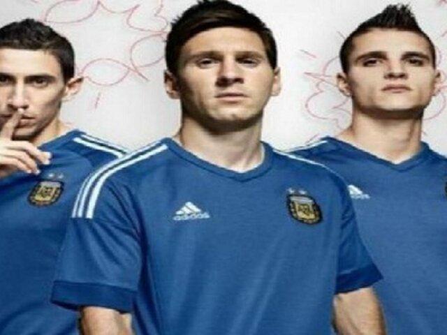 Selección de Argentina presentó su nueva camiseta alternativa