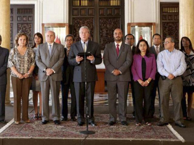 Gabinete de ministros expresa respaldo a premier Ana Jara tras pedido de censura