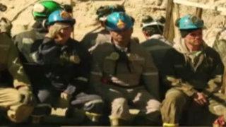 EEUU: difunden tráiler de película sobre rescate de 33 mineros chilenos