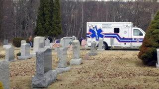 Pensilvania : hombre muere aplastado por lápida de su suegra