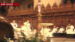 Catedral de Lima: fieles realizan Vigilia Pascual por Semana Santa