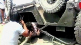 Rescatan a hombre que quedó atrapado en su vehículo tras accidente en Chorrillos