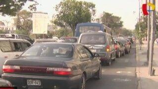 Centro de Lima: conductores molestos por obras en avenida 28 de julio