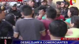 Ate Vitarte: desalojan a decenas de comerciantes del mercado 26 de Julio